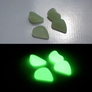 Kleine phosphoreszierende Kieselsteine
