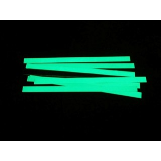 Photolumineszierendes Klebeband aus Aluminium